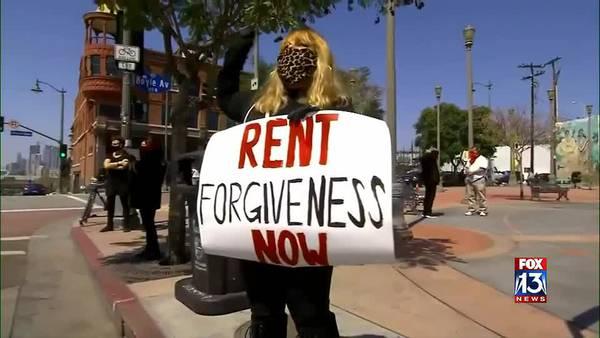 Democrats push last-minute effort to extend federal eviction moratorium
