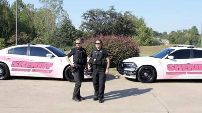 """PHOTOS: DeSoto Co. Sheriff """"pinks out"""" two cars for breast cancer awareness"""