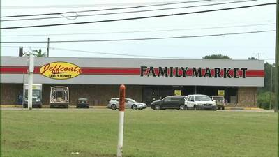 North Mississippi town welcoming back grocery store, hospital after being shut down for years