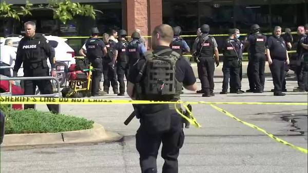 Expert weighs in on how to deal with mental, emotional fallout of mass shooting tragedy