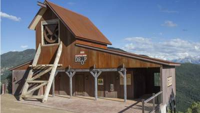Report: Colorado girl not wearing seat belts before fatal fall at theme park