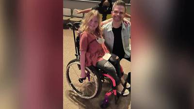 WATCH: 2 MPD officers surprise girl with wheelchair after thief steals it