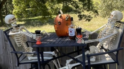 PHOTOS: FOX13 viewers show us their spooky Halloween decorations!