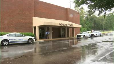 Court clerks help people erase criminal records at local church