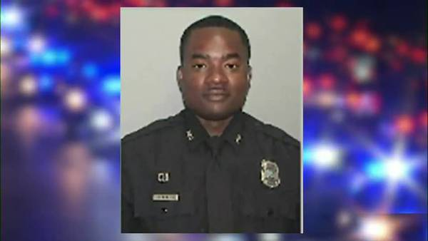 'Sea of Blue' held for officer killed by 18-wheeler