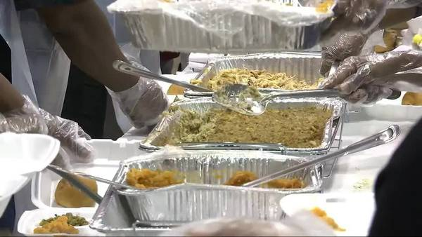 MEMFeast must go on! Organizers continue to serve meals despite pandemic